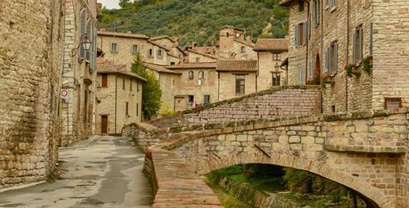 Ncc per tour di Gubbio